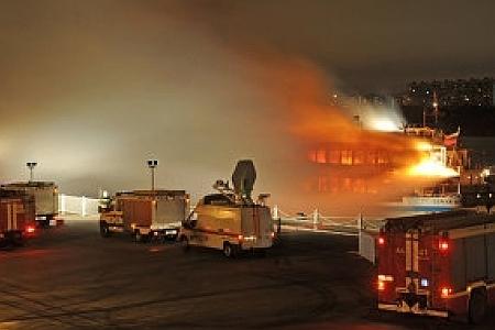 Пожар на теплоходе Сергей Абрамов
