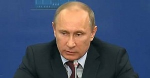 Путин подписал закон о митингах, но не исключил его доработки