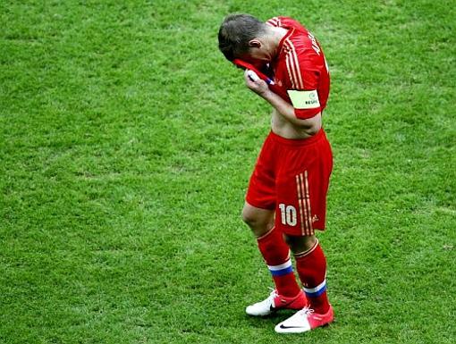 Сборная России покиданет Евро-2012