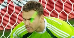 Тренер сборной России Капелло: Игоря Акинфеева ослепили лазерной указкой